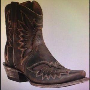 Ariat women's size 9 short boot